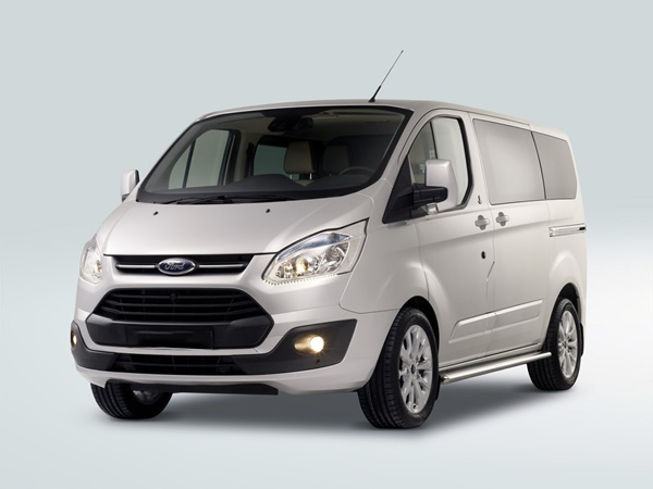 Ford Transit Custom Kombi*