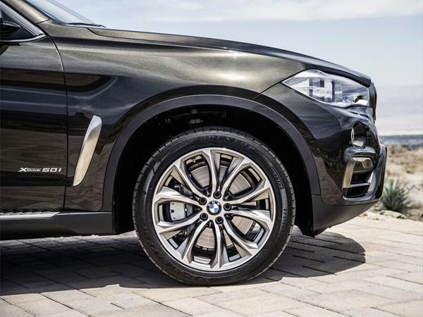 BMW X6*