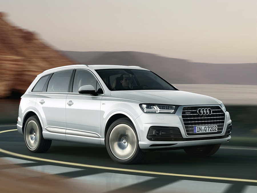 audi q7 3 0 tdi e tron quattro inktblauw operational lease vanaf 1193 activlease. Black Bedroom Furniture Sets. Home Design Ideas