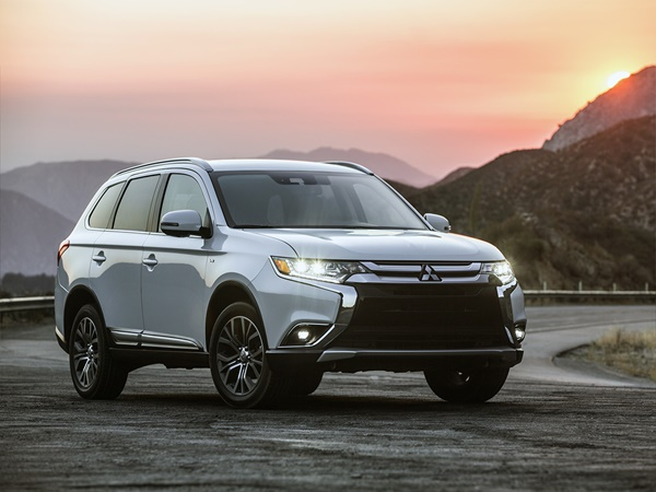Mitsubishi Outlander 2.0 cleartec executive edition 2wd 110kW cvt aut