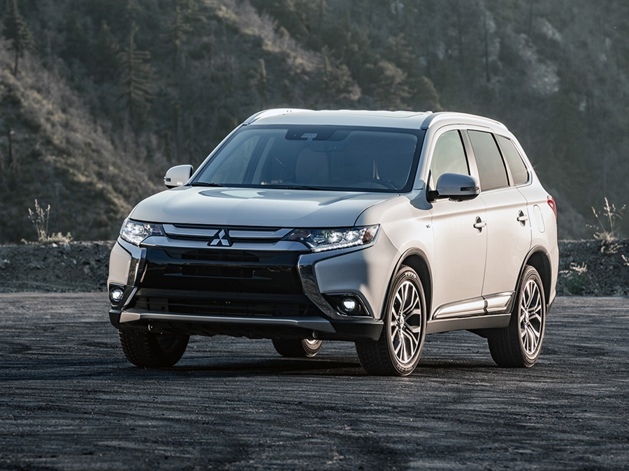 mitsubishi outlander phev 176kw intense operational lease vanaf 579 activlease. Black Bedroom Furniture Sets. Home Design Ideas
