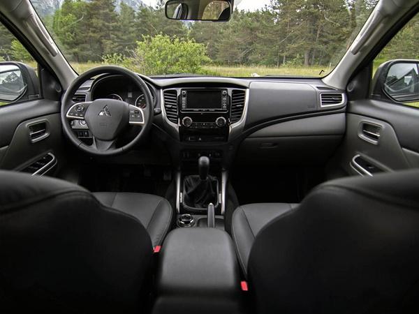 Mitsubishi L200 Double Cab 2.4di-d cleartec double cab intense 133kW