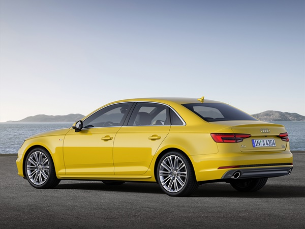 Audi A4 2.0tfsi mhev s line edition 140kW s-tronic aut