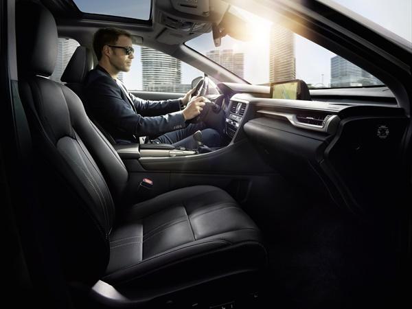 Lexus RX-serie 450h l business line awd 230kW cvt aut