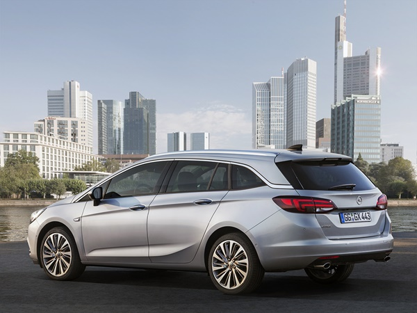 Opel Astra sports tourer 1.4t business executive 110kW (NEDC) aut