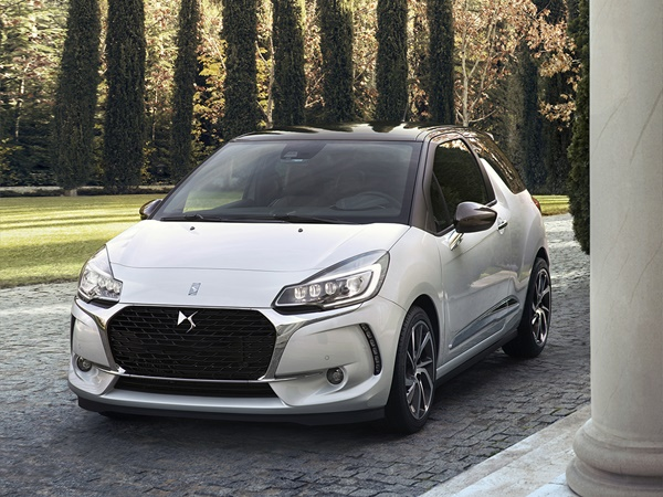 DS DS3 1.2 pure tech connected chic 81kW aut