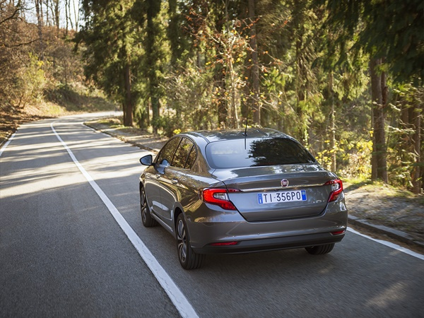 Fiat Tipo 1.4 16v lounge 70kW