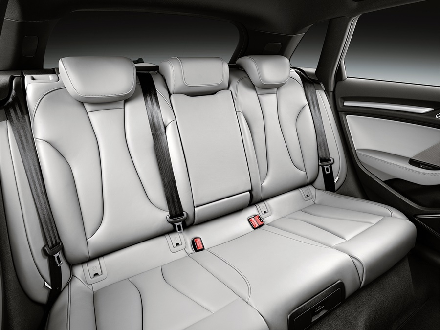 Audi A3 sportback 1.0 TFSI 85kW Sport, Floretzilver + Connectivity Pack!