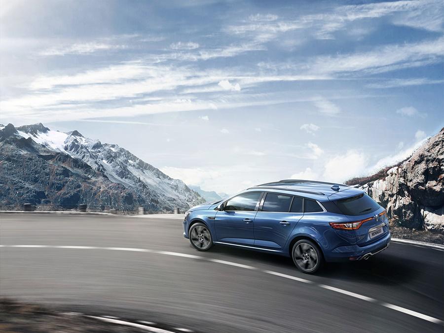 Renault Mégane estate dCi 110 Bose, Blue Cosmos. Incl Easy Life + Navi
