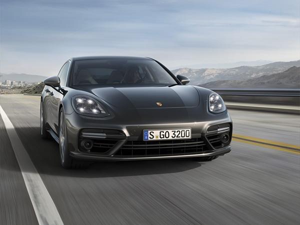Porsche Panamera 4.0t phev turbo s executive 500kW pdk aut