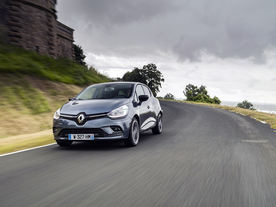 Renault Clio Energy TCe 90 Intens Noir Etoile, Achteruitrijcamera. Nu 27% korting!