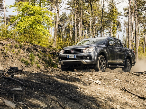 Fiat Fullback double cab 2.4d sx 113kW