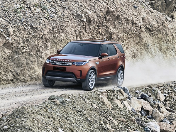 Land Rover Discovery 3.0sdv6 hse luxury 5p 4wd 225kW aut