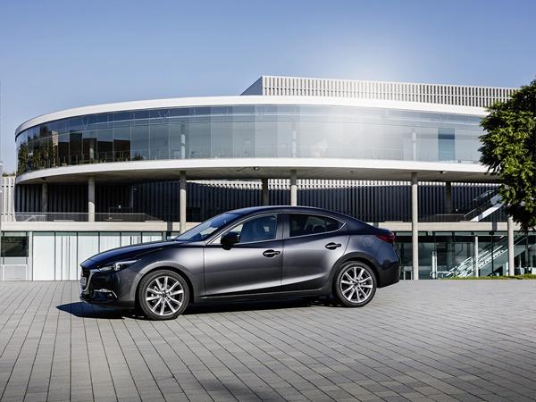 Mazda 3 2.0 skyactiv-g skylease gt 88kW (NEDC)