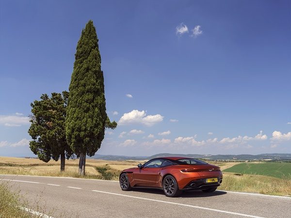 Aston Martin DB11 5.2 447kW aut