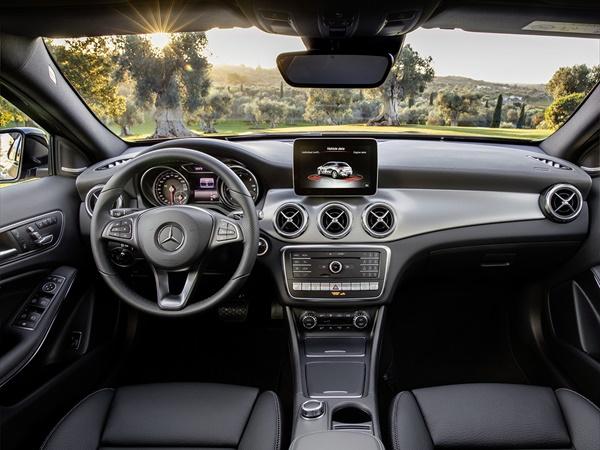 Mercedes GLA*