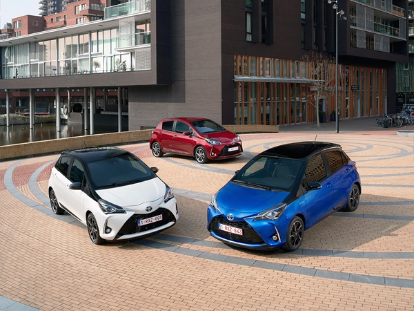 Toyota Yaris* 1.5vvti hev dynamic 74kW cvt aut