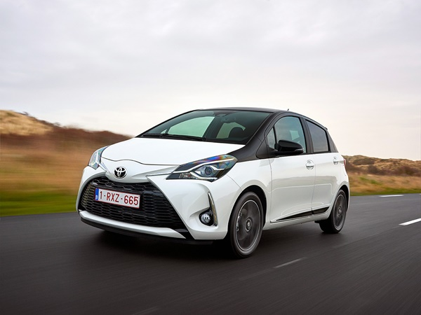 Toyota Yaris 1.0vvti connect 53kW
