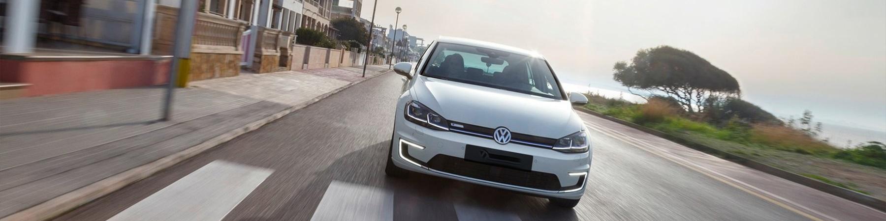 Volkswagen Golf* 35.8kWh 196 km actieradius