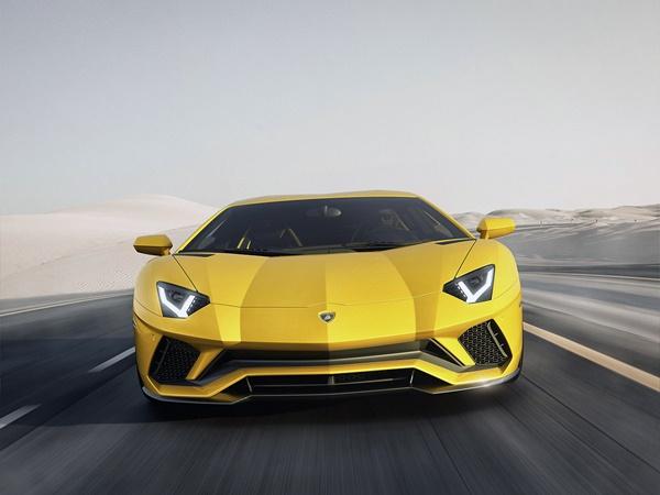 Lamborghini Aventador 6.5 s 4wd aut