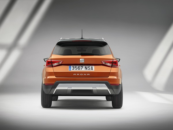 Seat Arona 1.0tsi style business intense plus 70kW