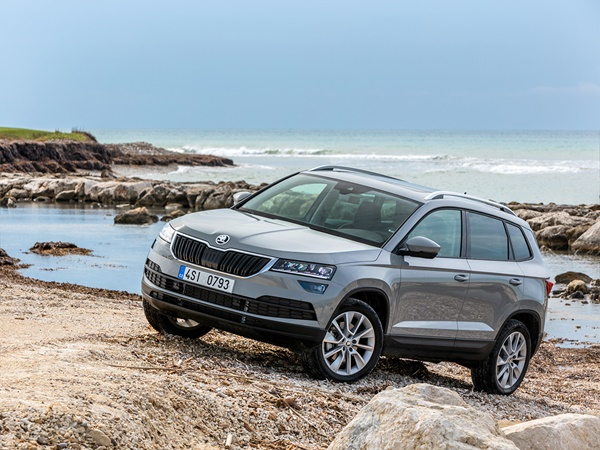 Skoda Karoq 1.0tsi greentech business edition 85kW