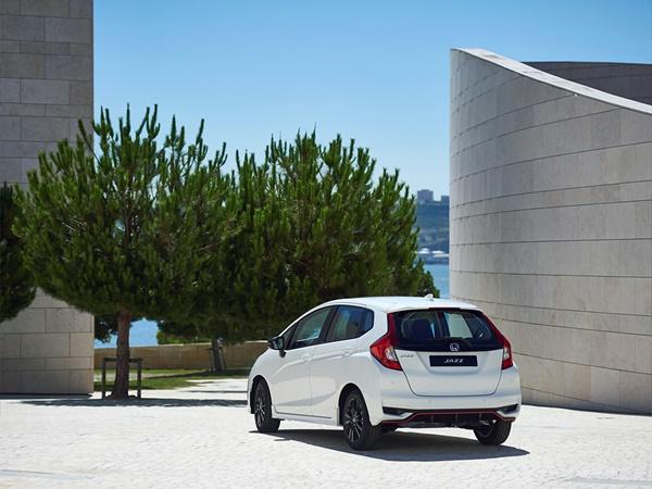 Honda Jazz 1.3 comfort 75kW cvt aut