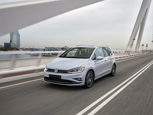 Volkswagen Golf Sportsvan 5d