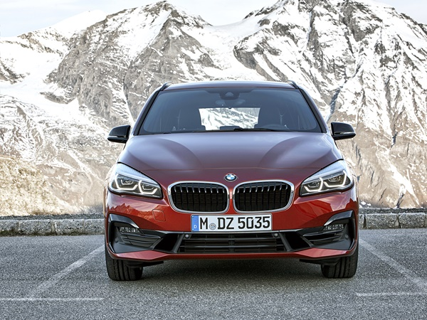BMW 2-Active Tourer 218d corporate executive 110kW aut