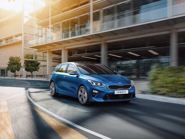 Kia Ceed 1.4tgdi executiveline 103kW