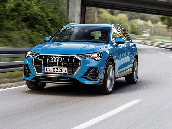Audi Q3 35tfsi business edition 110kW