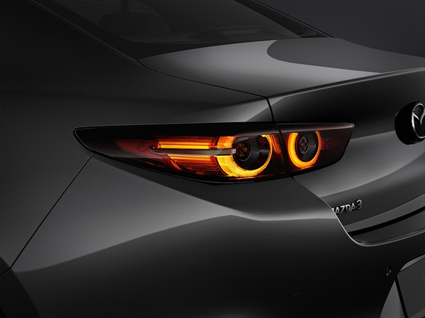 Mazda 3 1.8d skyactiv-d 85kW aut
