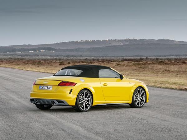 Audi TT roadster 2.0tfsi tts quattro 225kW s-tronic aut
