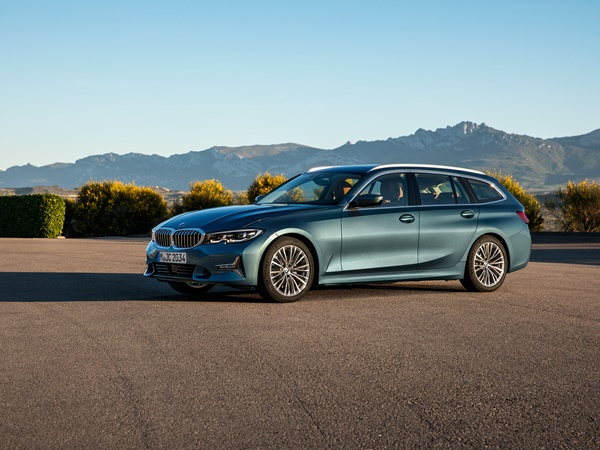 BMW 3-touring 330i 190kW xdrive aut