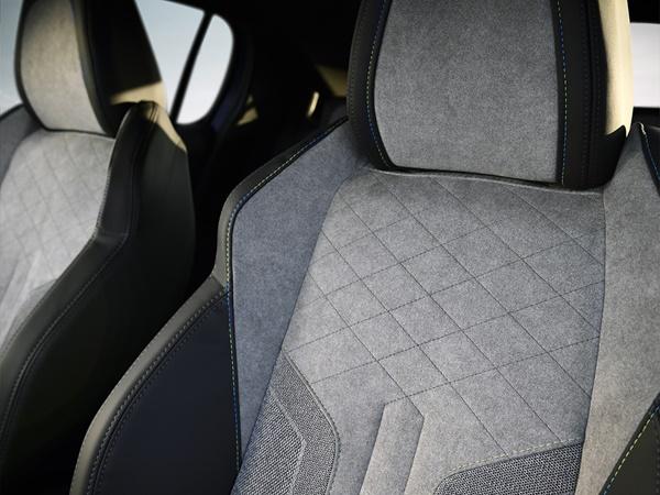 Peugeot 208 50kWh ev 1 fase gt premiere 100kW aut