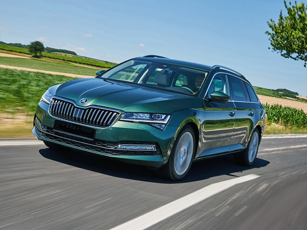 Skoda Superb combi 1.5tsi greentech business edition plus 110kW dsg-7 aut