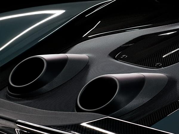 McLaren 600LT coupe