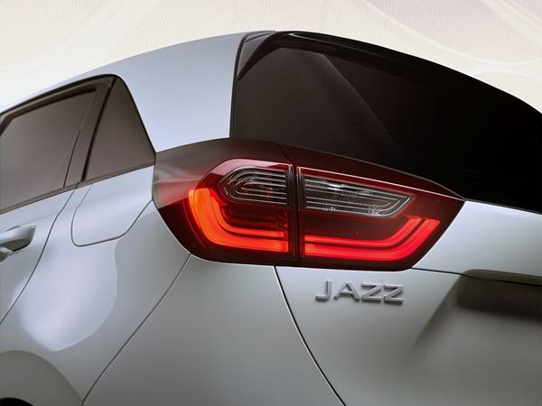 Honda Jazz 1.5 hev elegance 80kW cvt aut