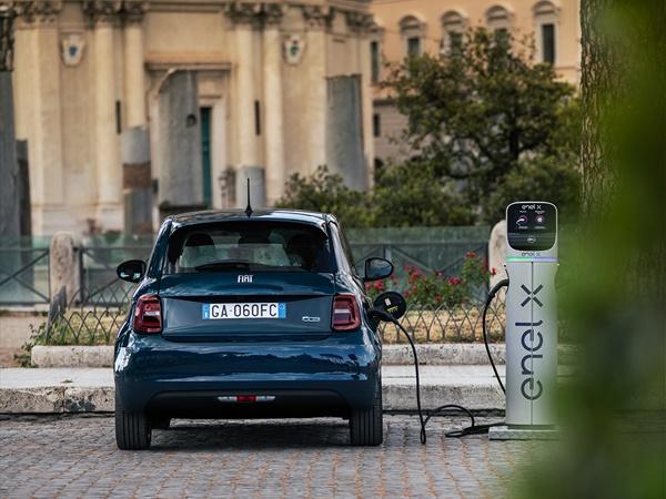 Fiat 500E Berlina
